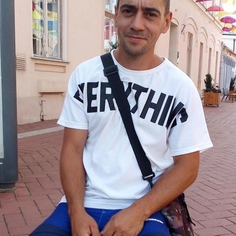 Zoli, 36 éves társkereső férfi - Kiszombor