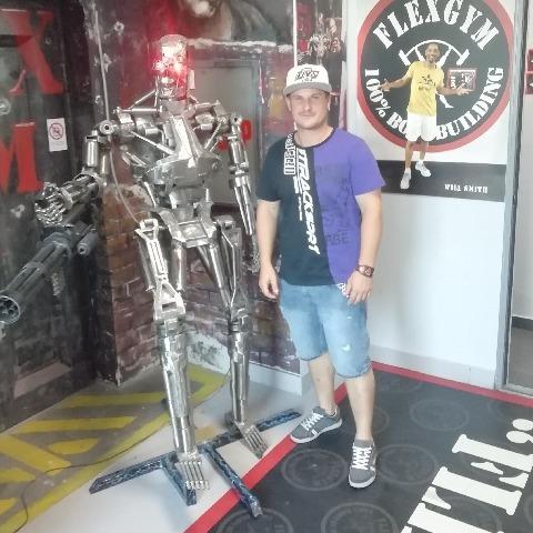 robot társkereső
