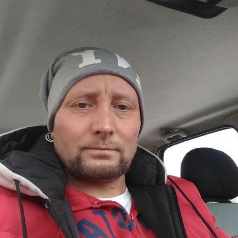 Albert, 46 éves társkereső férfi - Szikszó