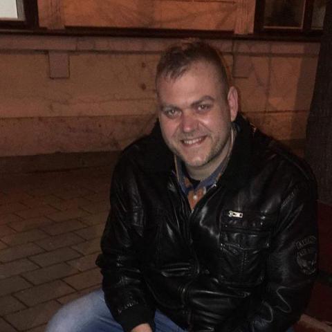 Mihály, 41 éves társkereső férfi - Mány