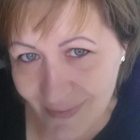 Ágnes, 56 éves társkereső nő -