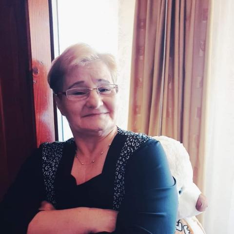 Éva, 63 éves társkereső nő - Arad