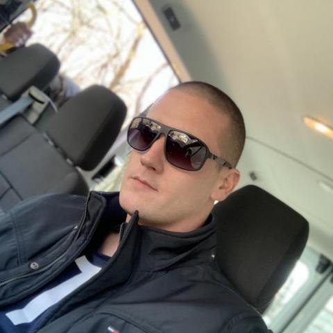 Richárd, 28 éves társkereső férfi - Dunaszentgyörgy