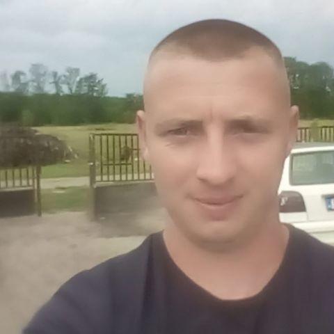 dani, 29 éves társkereső férfi - Debrecen
