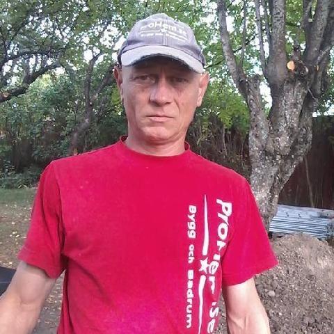 Zsigmond, 48 éves társkereső férfi -