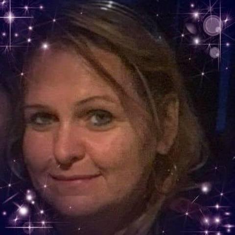 Zsuzsanna, 50 éves társkereső nő - Miskolc