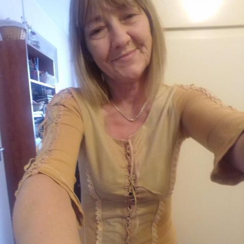 Piroska, 55 éves társkereső nő - Ózd