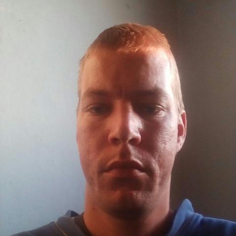Robi, 32 éves társkereső férfi - Vámosgyörk