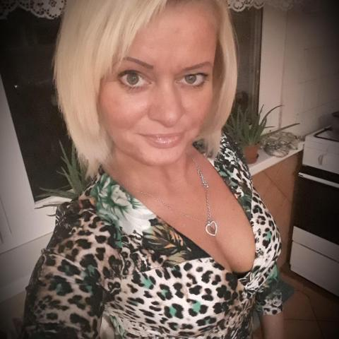 Évi, 48 éves társkereső nő - Kazincbarcika