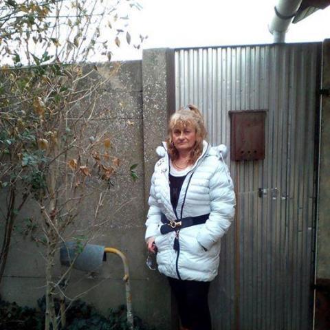 Ibolya, 58 éves társkereső nő - Makó