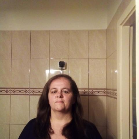 Márti, 43 éves társkereső nő - Tatabánya