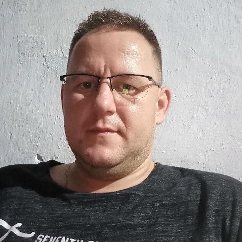 Jenő, 39 éves társkereső férfi - Füzesgyarmat
