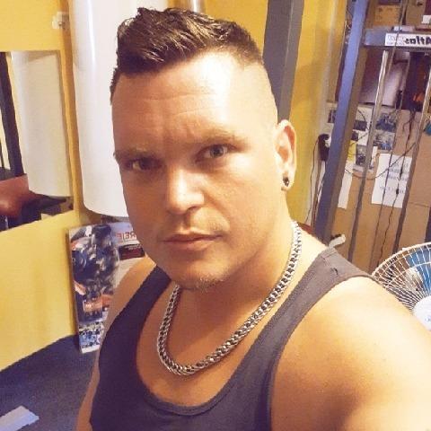 Dénes, 31 éves társkereső férfi - Székesfehérvár