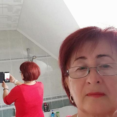 Zsófi, 64 éves társkereső nő - Békéscsaba