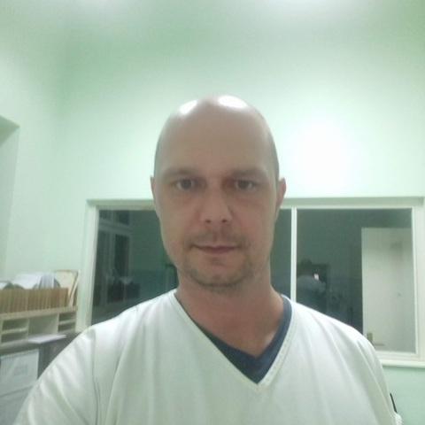 Gyula, 39 éves társkereső férfi - Szabadka