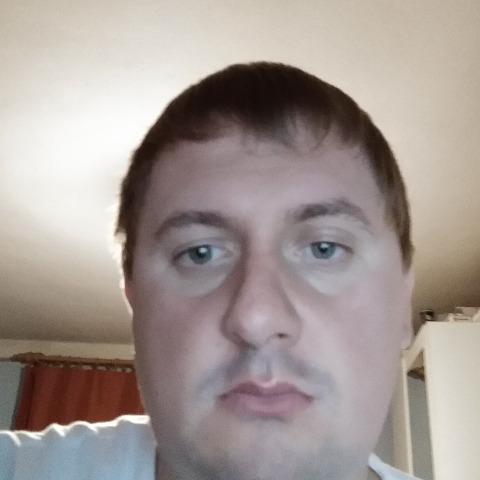 Tibi, 30 éves társkereső férfi - Jászapáti