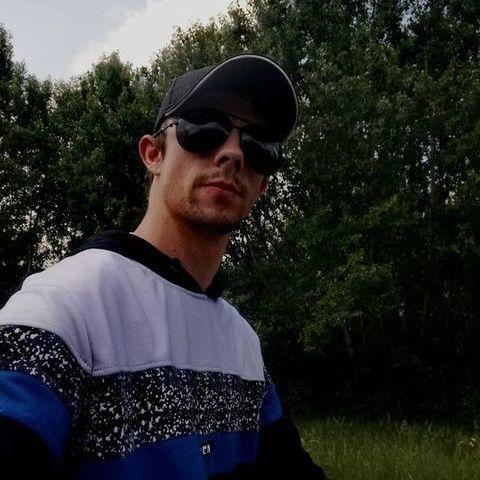 Tibor, 25 éves társkereső férfi - Mezőfalva