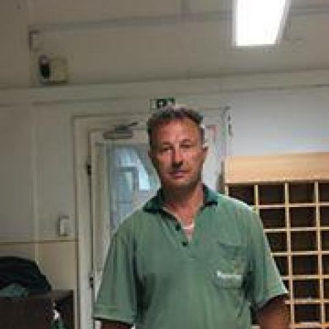 Laci, 49 éves társkereső férfi - Miskolc