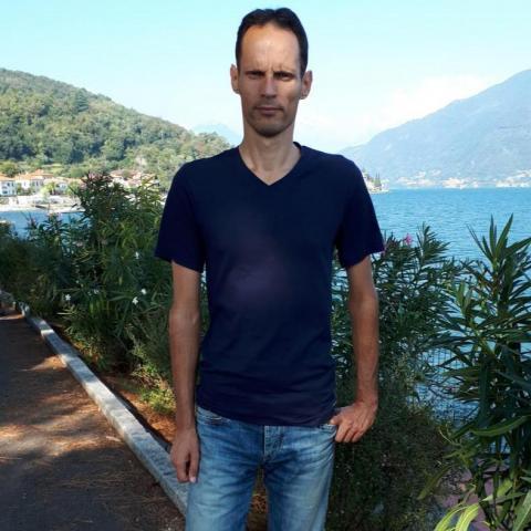 Zoli, 42 éves társkereső férfi - Pécs