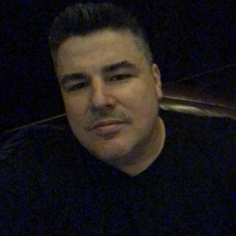 Gabor, 39 éves társkereső férfi - Debrecen