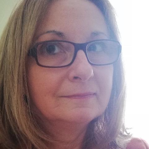 Andi, 62 éves társkereső nő -