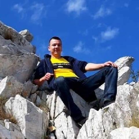 Patrik, 25 éves társkereső férfi - Miskolc