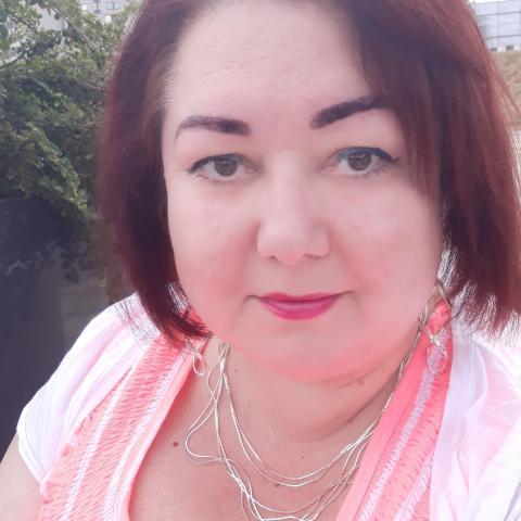 Tünde, 47 éves társkereső nő - Budapest