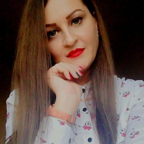 Zsuzsa , 33 éves társkereső nő - Miskolc