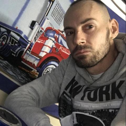 Miklos, 36 éves társkereső férfi - Nyíregyháza