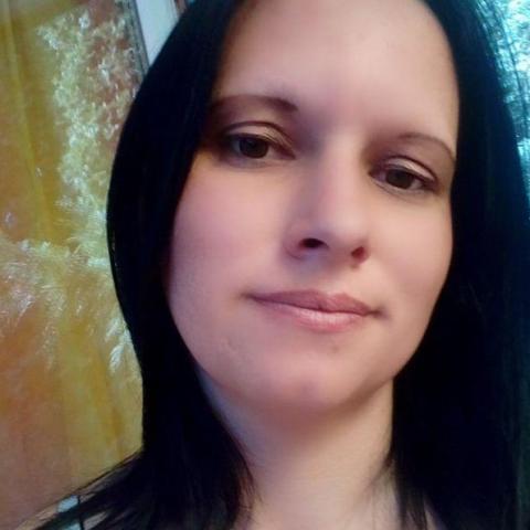 Ibolya, 34 éves társkereső nő - Oszlár