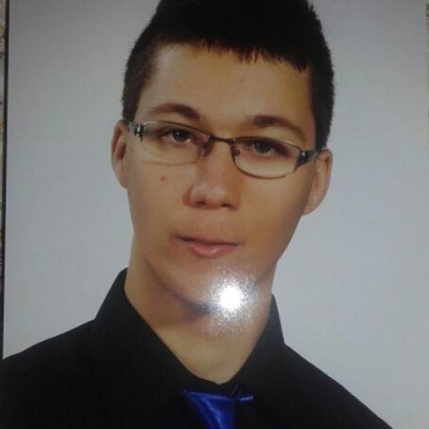 Bence, 23 éves társkereső férfi - Járdánháza