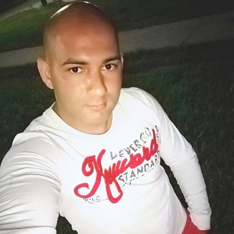 Árpi, 30 éves társkereső férfi - Miskolc