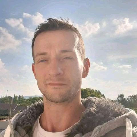 Erik, 41 éves társkereső férfi - Budapest