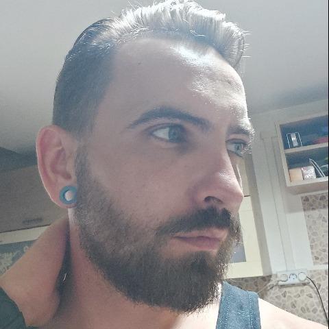 Sándor, 29 éves társkereső férfi - Folyás