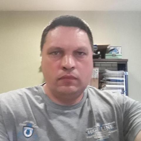 András, 43 éves társkereső férfi - Tyukod