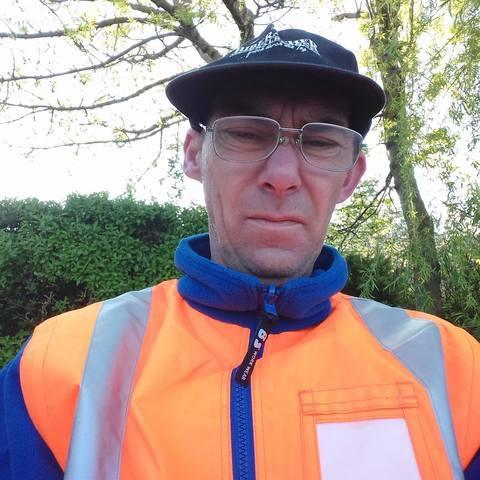 Zoltán, 48 éves társkereső férfi - Geszt
