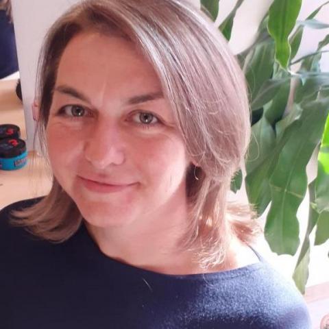 Hajni, 45 éves társkereső nő - Debrecen