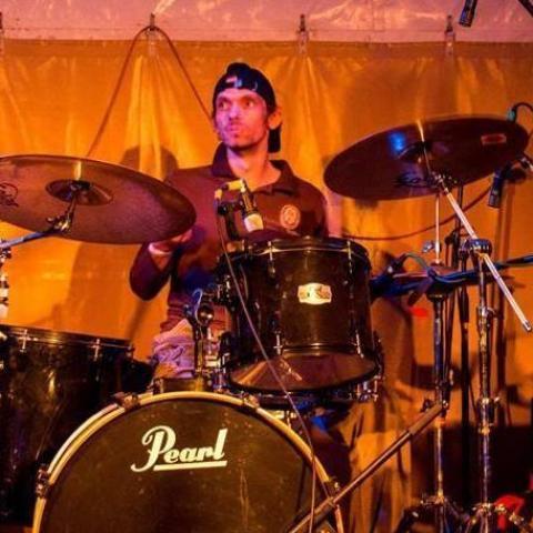 Drummer, 37 éves társkereső férfi - Székesfehérvár