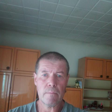 Ferenc, 54 éves társkereső férfi - Lázi