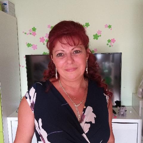 Brigitta, 59 éves társkereső nő - Mór