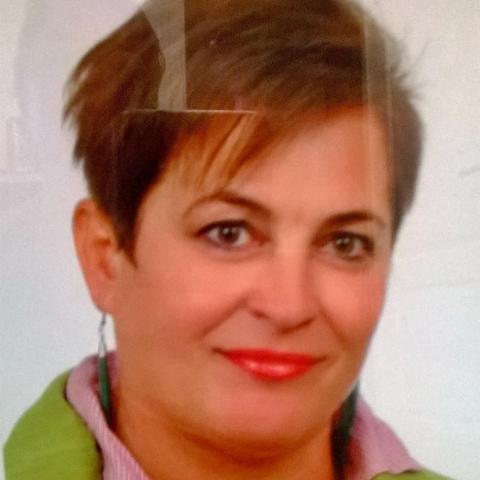 Márta, 55 éves társkereső nő - Gyöngyös