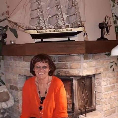 Éva, 62 éves társkereső nő -