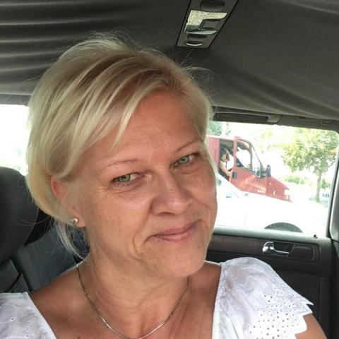 Judit, 52 éves társkereső nő - Pécs