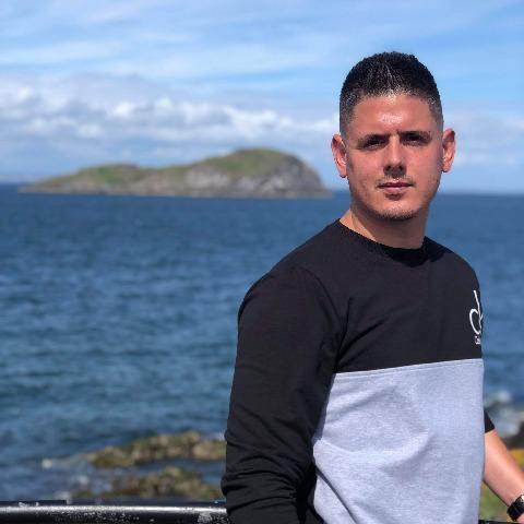 Krisztian, 26 éves társkereső férfi - Edinburgh