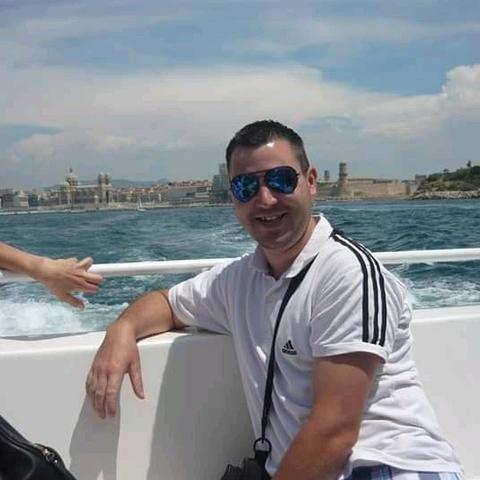 Adrián , 32 éves társkereső férfi - Petrikeresztúr