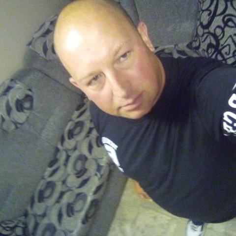 Krisztiàn, 39 éves társkereső férfi - Verseg