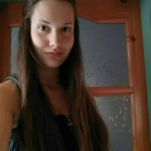 Dalida, 25 éves társkereső nő - Szécsény