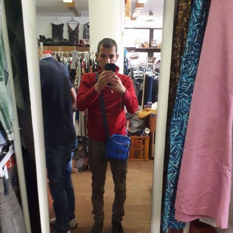 Maximilián, 28 éves társkereső férfi - Karancsság