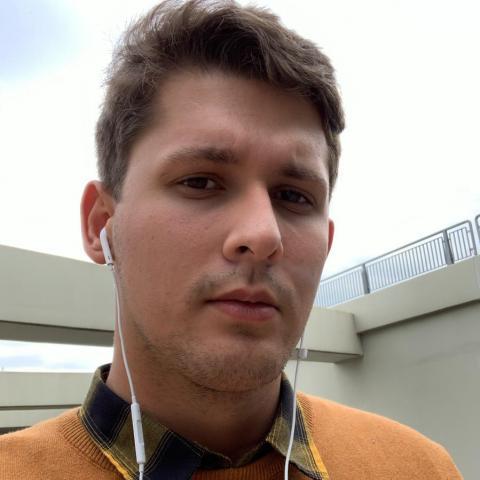 Balázs, 22 éves társkereső férfi - Székesfehérvár