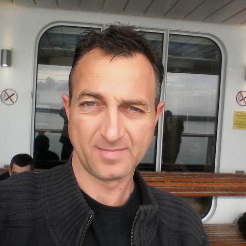 Zoltan, 42 éves társkereső férfi - Székesfehérvár